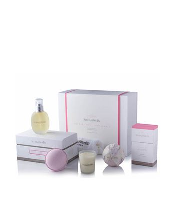 Picture of AROMAWORKS LONDON NURTURE BODY INDULGENCE GIFT SET