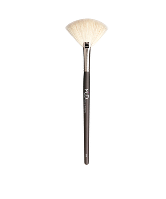 Picture of #510 Large White Fan Brush