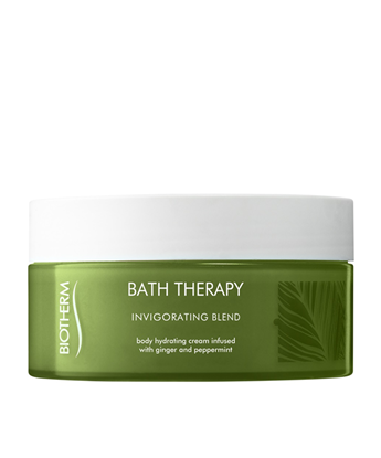 Picture of BATH THERAPY INVIGORATING BODY MOISTURISER