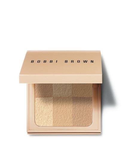 Picture of Nude Finish Illuminating Powder Light to Medium