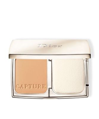 Picture of Capture Totale Triple correcting powder foundation 030